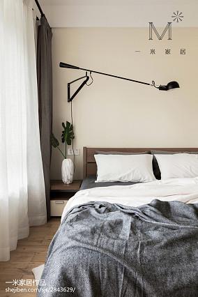明亮80平现代三居卧室装修图片121-150m²三居现代简约家装装修案例效果图