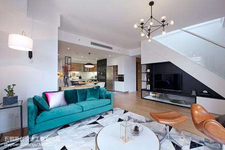 优美46平北欧复式客厅装修设计图
