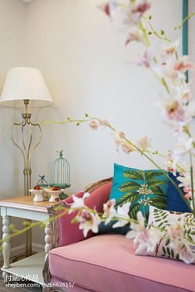 悠雅82平简欧二居客厅设计美图81-100m²二居欧式豪华家装装修案例效果图