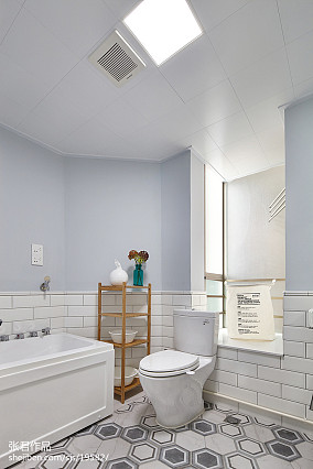 109平米三居卫生间北欧装饰图片欣赏