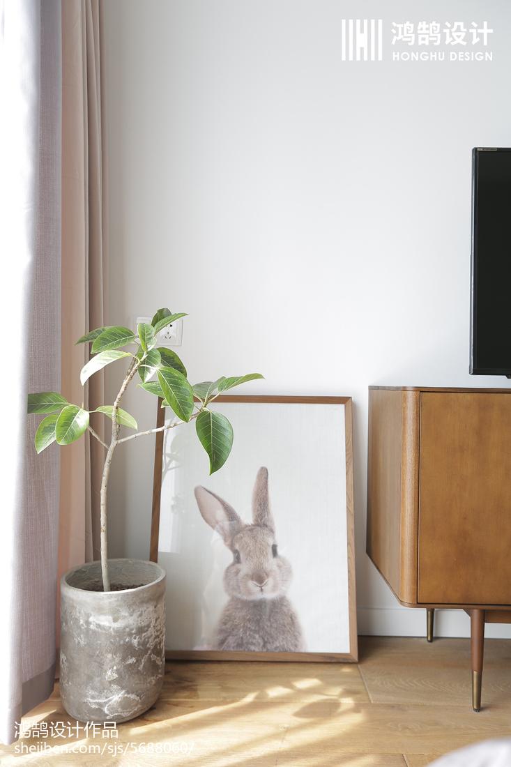 2018精选97平米三居卧室北欧效果图片卧室床头柜北欧极简卧室设计图片赏析