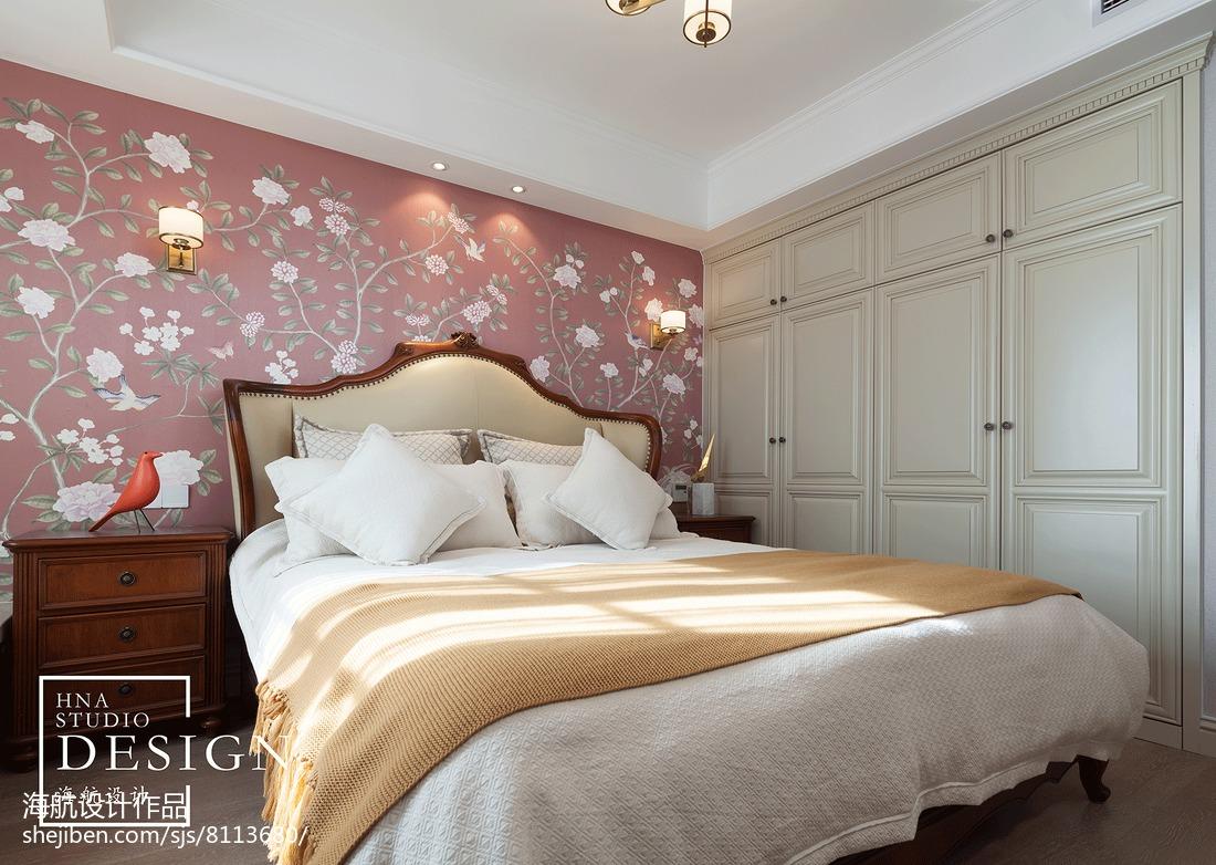 美式三居卧室墙纸设计图卧室美式经典卧室设计图片赏析