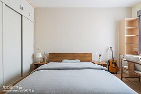 2018精选面积93平中式三居卧室欣赏图三居中式现代家装装修案例效果图