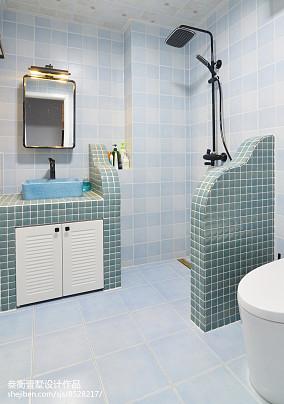 2018120平米美式复式卫生间装修设计效果图片大全