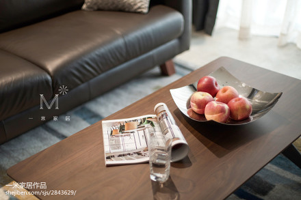 2018精选83平方二居客厅现代装修图片101-120m²二居现代简约家装装修案例效果图
