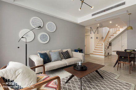 精致87平现代二居客厅装修装饰图