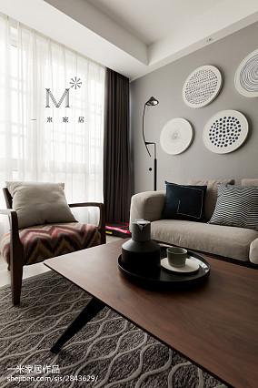 热门70平米二居客厅现代装饰图片