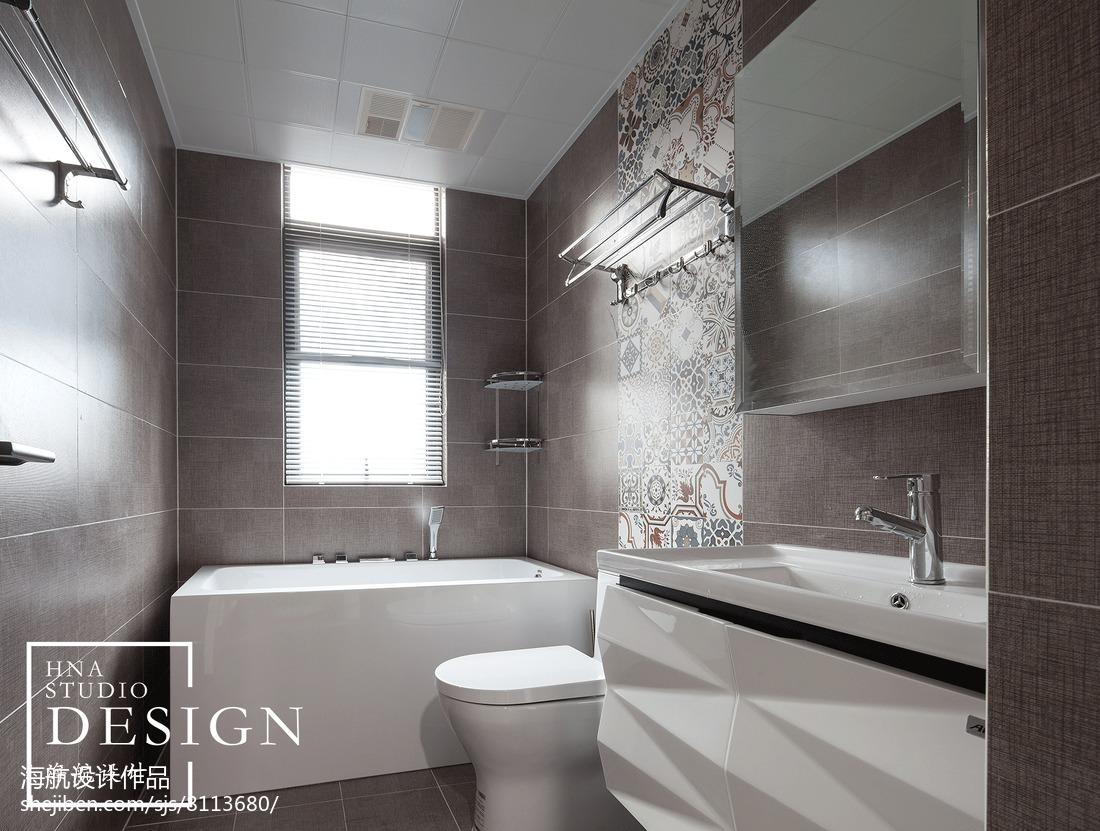 四居现代卫浴设计实景图卫生间马桶现代简约卫生间设计图片赏析