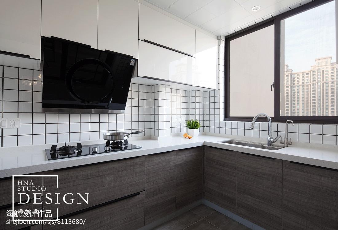 四居现代厨房设计实景图餐厅橱柜现代简约厨房设计图片赏析