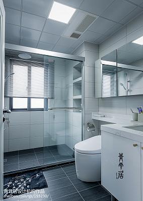 轻奢114平现代三居卫生间设计图