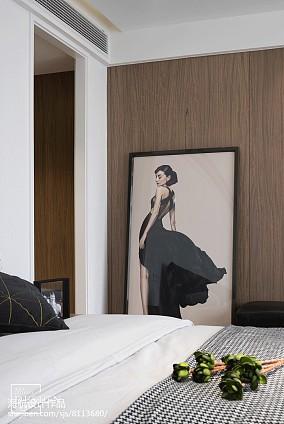 面积79平现代二居卧室实景图