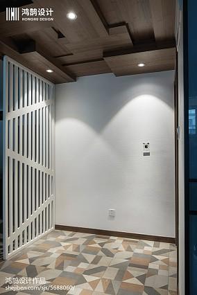 热门面积102平现代三居玄关装修图片大全家装装修案例效果图