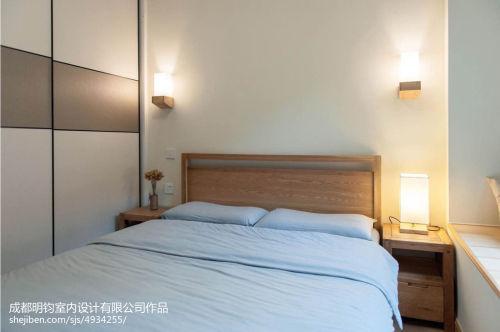 2018精选面积97平日式三居卧室装修效果图片大全卧室床头柜81-100m²三居日式家装装修案例效果图