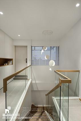 复式北欧楼梯设计图复式北欧极简家装装修案例效果图