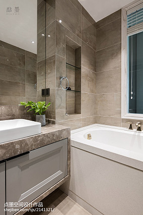 精美面积95平混搭三居卫生间装修实景图片欣赏