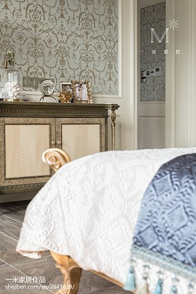 质朴824平法式别墅卧室设计美图