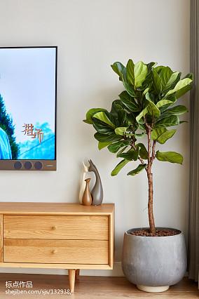 精美四居客厅北欧装饰图片欣赏