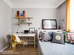 精选70平米二居卧室现代装修设计效果图