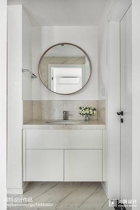 面积99平简约三居卫生间欣赏图三居现代简约家装装修案例效果图