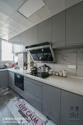 Morandi式北欧厨房设计图片
