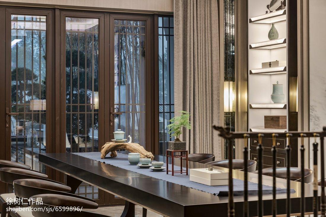 2018最新138平方中式别墅餐厅装修效果图片大全