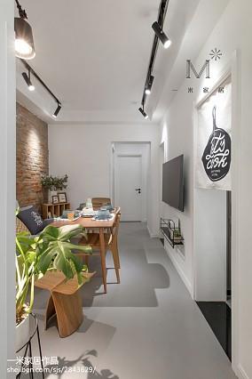 华丽55平现代二居装修案例家装装修案例效果图