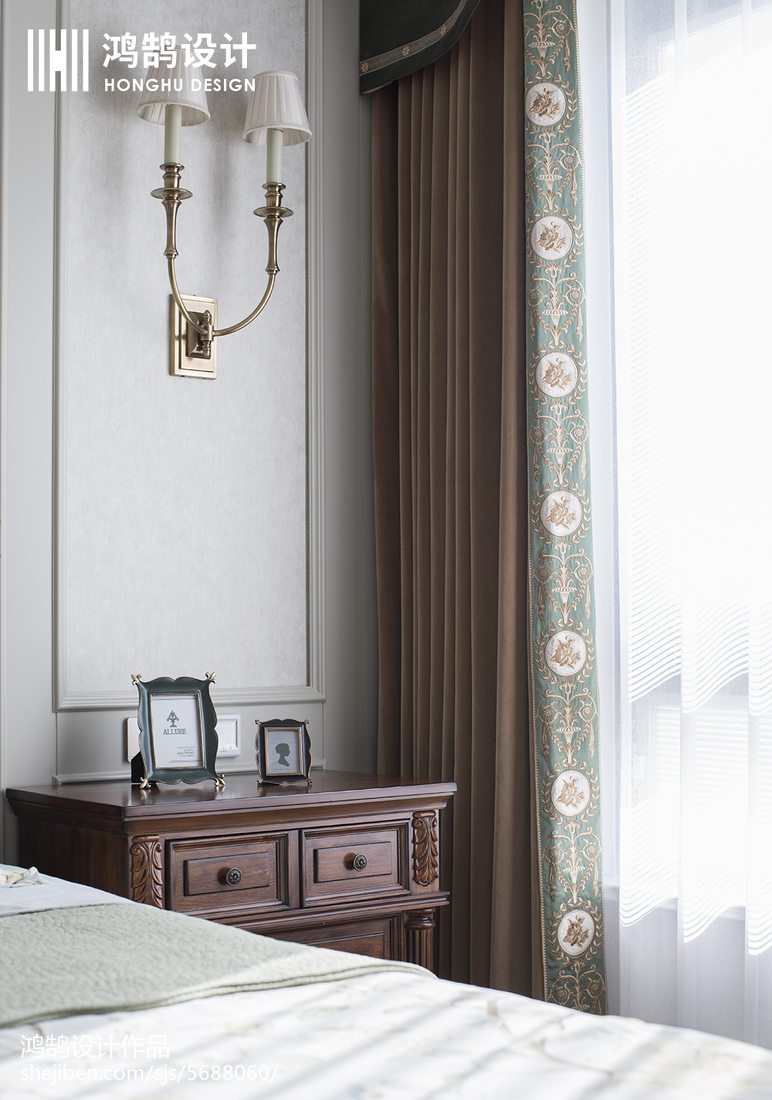 2018面积100平美式三居卧室效果图卧室美式经典卧室设计图片赏析