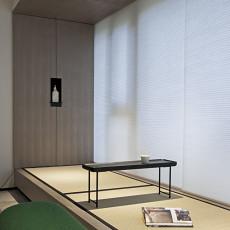 精美91平米三居阳台现代装修效果图