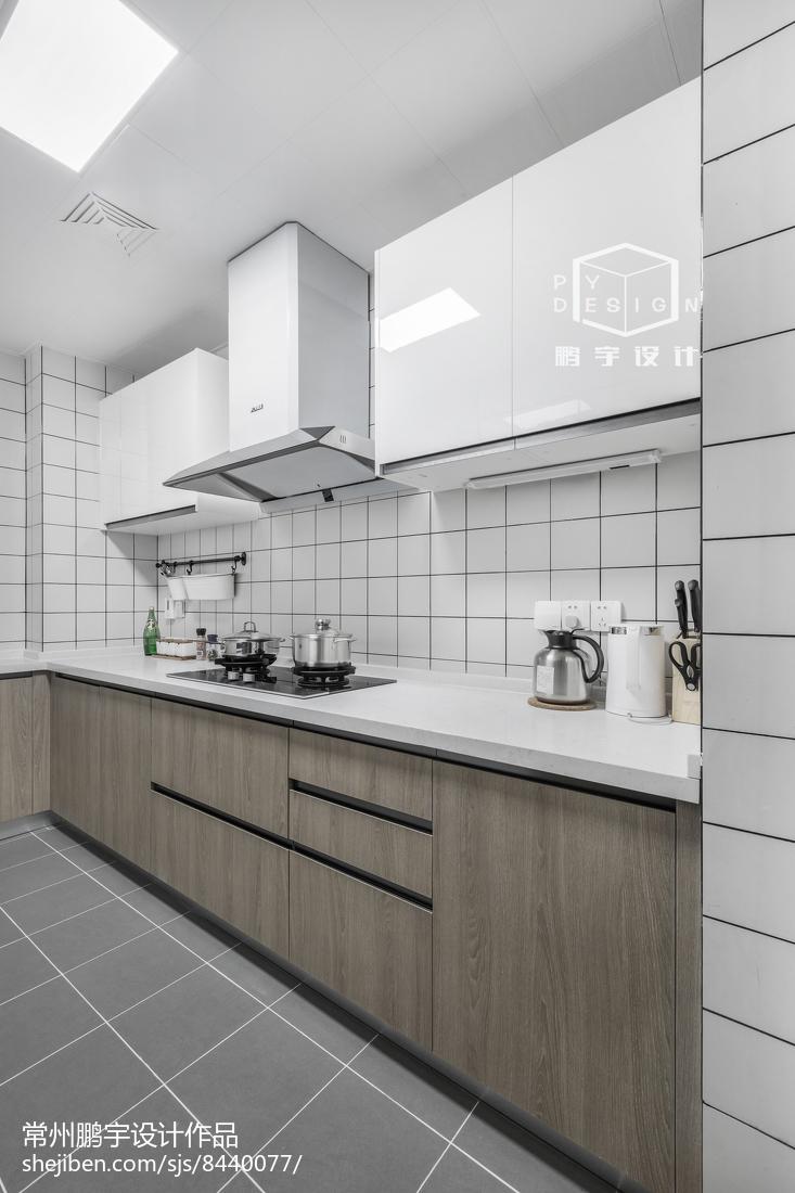2018精选78平米二居厨房欧式装修实景图片大全餐厅橱柜欧式豪华厨房设计图片赏析