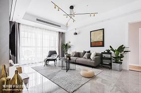 精选面积80平欧式二居客厅装修实景图