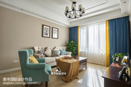 简约美式客厅吊灯设计三居美式经典家装装修案例效果图