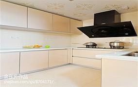 精选面积127平现代四居厨房效果图片欣赏