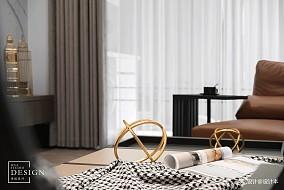 2018精选132平米四居客厅现代装修实景图