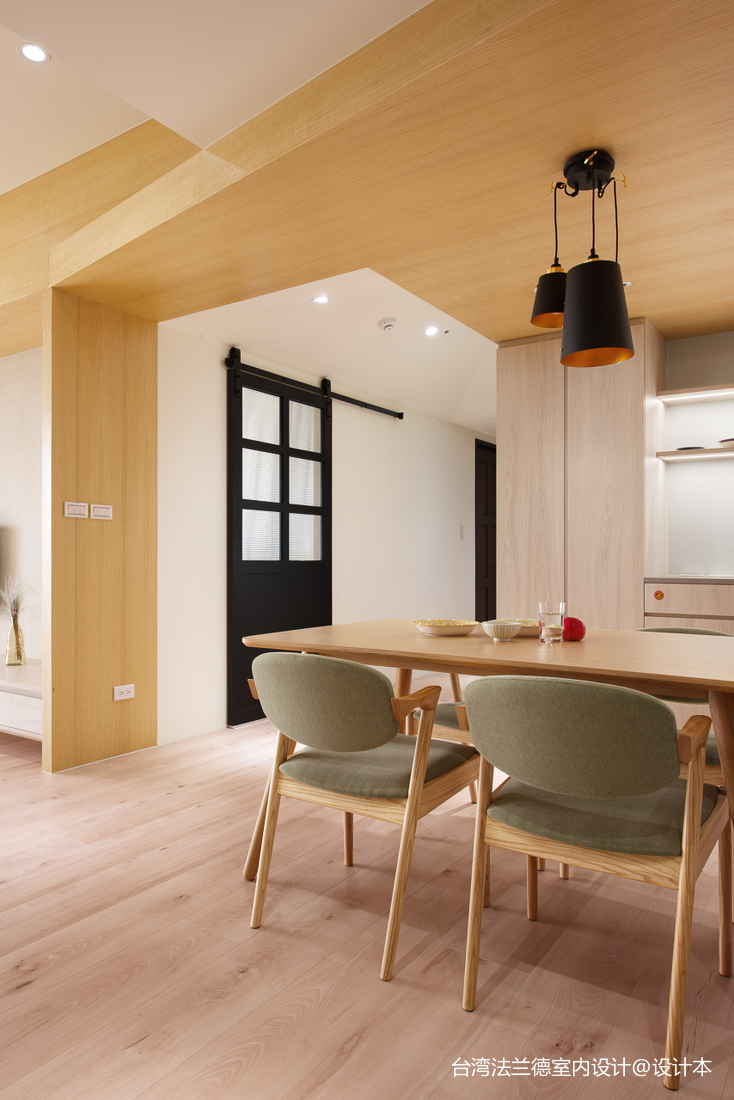 简单北欧三居餐厅设计厨房2图北欧极简餐厅设计图片赏析