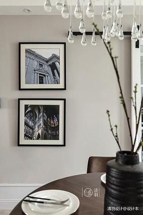 温馨109平混搭三居客厅案例图