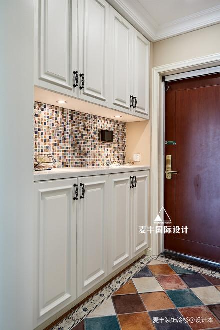 典雅155平美式四居玄关设计美图玄关