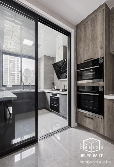 悠雅72平现代三居厨房装潢图餐厅