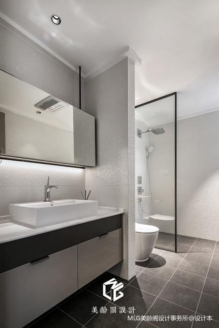 温馨92平现代三居卫生间布置图卫生间