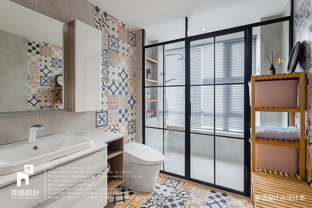 简白混搭卫浴拼接瓷砖设计图卫生间潮流混搭卫生间设计图片赏析