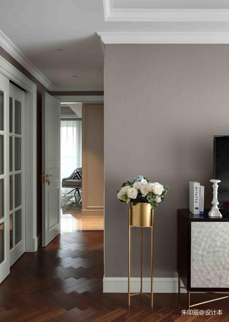 大气74平混搭三居卧室设计案例卧室