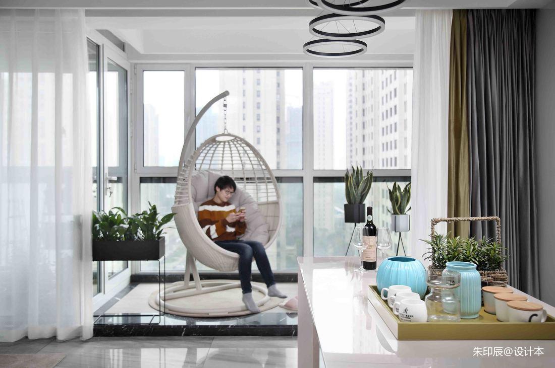 简洁93平现代三居阳台美图阳台窗帘现代简约阳台设计图片赏析