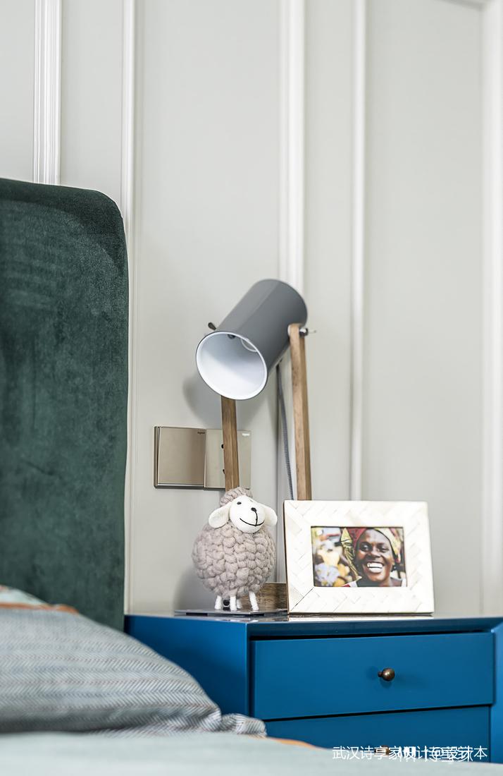 【诗享家出品】这个家把高级灰演绎得如此惊艳卧室4图现代简约卧室设计图片赏析