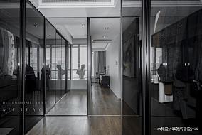 精选现代三居衣帽间装修设计效果图片欣赏
