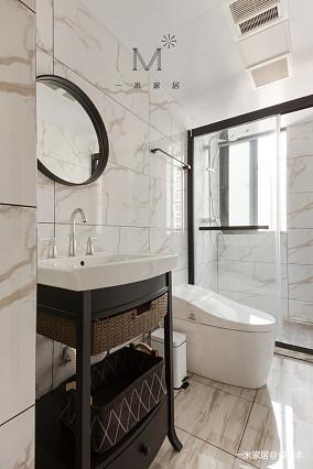典雅124平美式三居客厅装潢图三居美式经典家装装修案例效果图