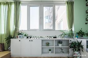 简洁56平北欧二居阳台装修美图