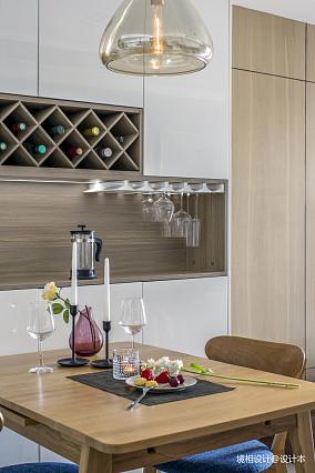 2018精选面积83平简约二居餐厅装修设计效果图片欣赏
