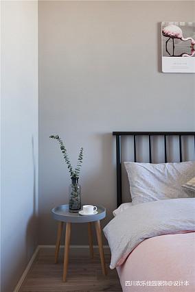 2018精选85平米二居卧室北欧装修实景图片大全二居北欧极简家装装修案例效果图