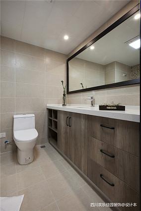 优美82平北欧二居卫生间设计美图二居北欧极简家装装修案例效果图