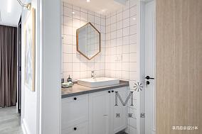 精美93平米三居卫生间北欧装修实景图片大全卫生间设计图片赏析