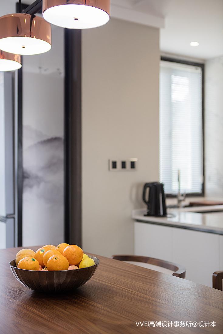 质朴100平混搭三居厨房实景图餐厅潮流混搭厨房设计图片赏析
